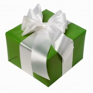 Упаковка подарка в бумагу