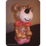 Медвежонок с конфетами