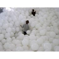 Заполнение комнаты шарами